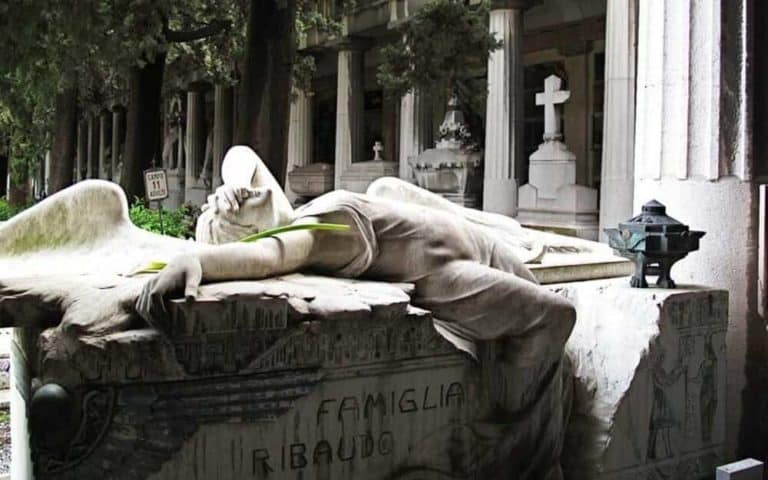 Cementerio génova