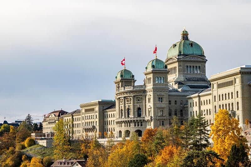 Bundeshaus, el Parlamento Suizo en Berna