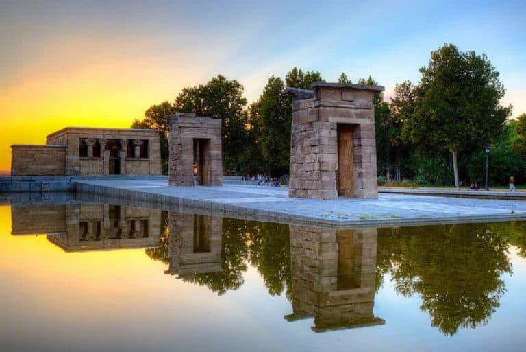Foto del Templo de Debod al atardecer