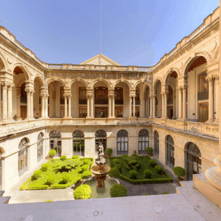 Free Tour: Lo Imprescindible de Jaén - Cláritas Turismo